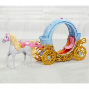 956479 Carrosse magique transformable en citrouille avec cheval Disney HASBRO